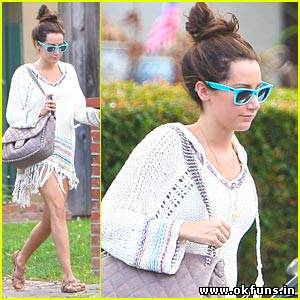 Ashley Tisdale: Bright Blue Ray Ban Beauty
